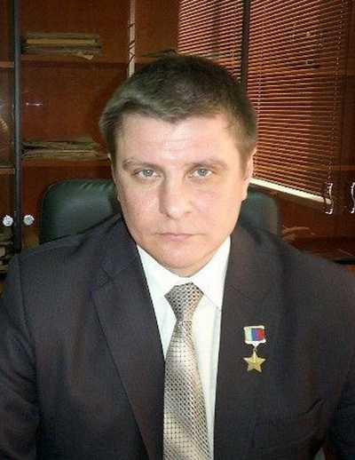 Герой России Александр Постоялко будет служить в брянском правительстве