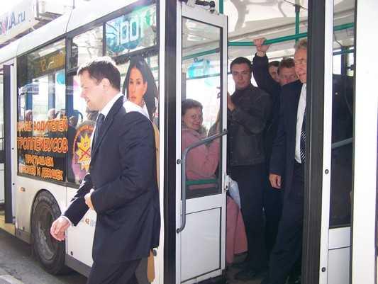 Энергетики пригрозили с 25 марта отключить троллейбусы в Брянске