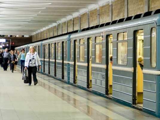 Пьяный брянский пенсионер напал на женщину в московском метро