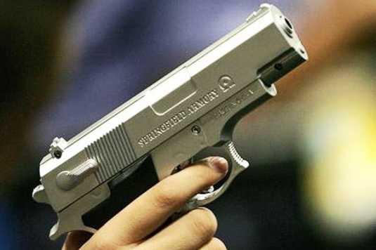 Брянца обвиняют в убийстве отца из травматического пистолета