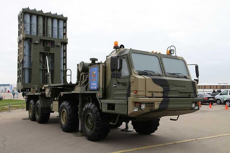 Новейший зенитный комплекс С-350 встал на брянские шасси