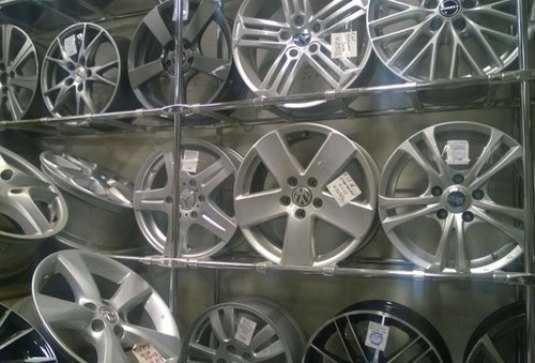 Брянская полиция выявила продажу поддельных автомобильных дисков