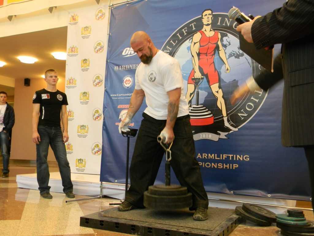В брянском университете пройдёт чемпионат по армлифтингу