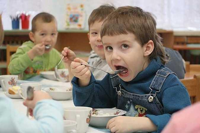 За сливочное масло детсады Брянска платили полторы цены