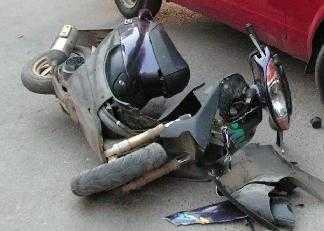 Скутеристы появились на брянских дорогах и начали таранить автомобили