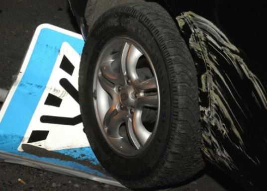 На брянской трассе пешеход погиб под колёсами двух иномарок