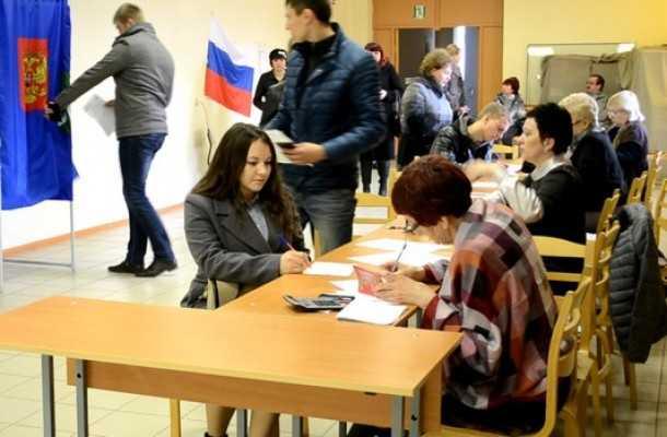 Брянские единороссы поблагодарили общественников за бдительность на голосовании