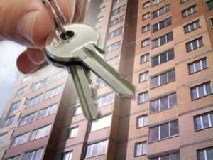 Пятерых брянцев отправили в колонию за махинации с квартирами