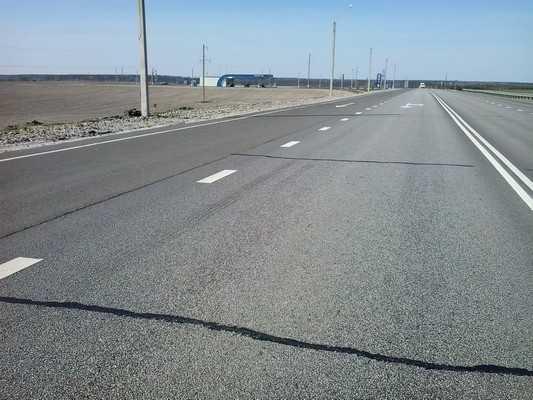 Через полгода после ремонта брянский участок трассы «Украина» потрескался