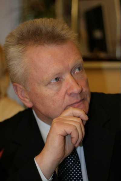 Юрий Петрухин попросил брянский суд отложить рассмотрение жалобы