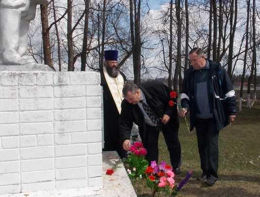 В брянских селах почтили память жертв фашизма