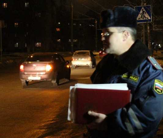 На темной брянской улице сбили женщину
