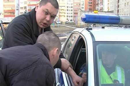 В Брянске сотрудники ГИБДД за двое суток задержали 24 пьяных водителя