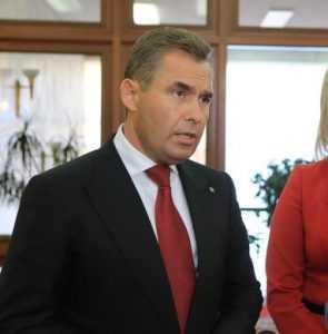 Брянский сенатор и общественность заставили Астахова извиниться