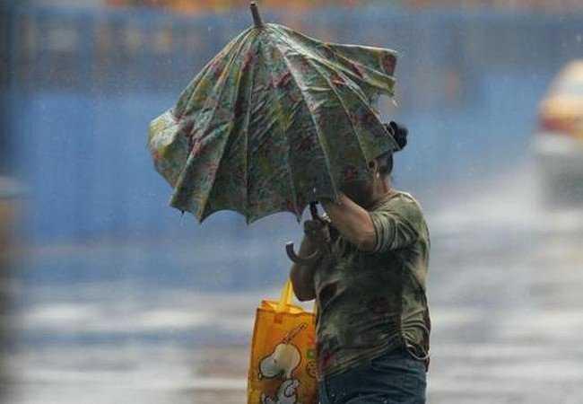 В субботу Брянск ожидают грозовые дожди и ураган