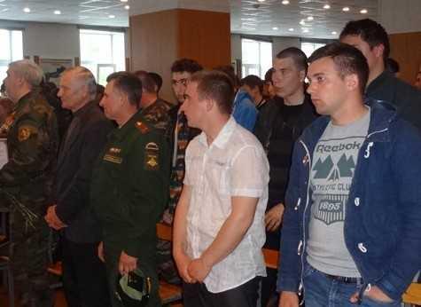 В армию отправились 400 юных брянцев