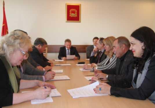 Брянские депутаты одобрили кандидатуры глав районов и заместителя мэра