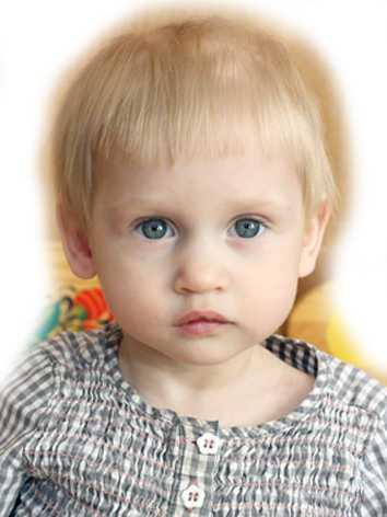 В Брянске ищут новых родителей для двухлетней Вероники