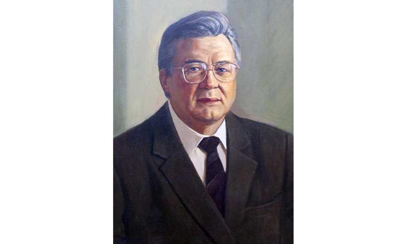 Скончался бывший брянский губернатор ельцинского призыва Владимир Карпов