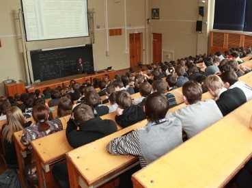 Брянские вузы возьмут на обучение студентов с Донбасса