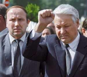Ельцинский генерал настучал на неудавшегося брянского главу Потомского