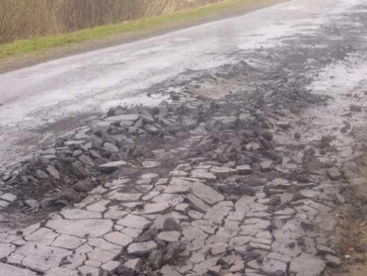 В брянские дороги закатали лишних 17 миллионов рублей