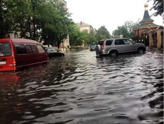 Первый канал рассказал о последствиях бушевавшей в Брянске стихии