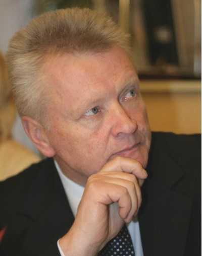 Брянский облсуд отправил в колонию бывшего депутата Петрухина