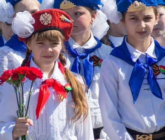 Брянск принял парад юнармейцев