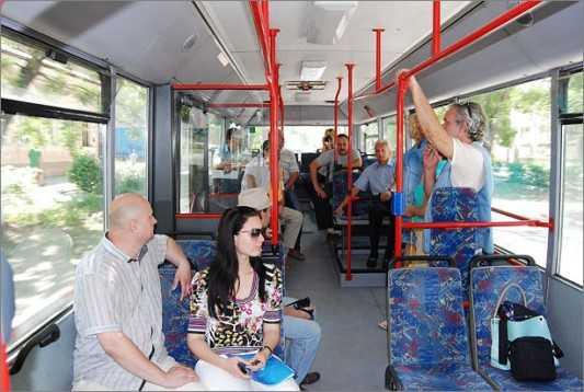 В брянском транспорте разбились 23 пассажира