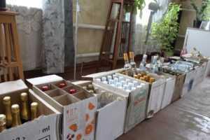 Полиция обнаружила в доме брянца склад поддельного алкоголя