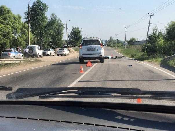 На окраине Брянска под колесами внедорожника погиб велосипедист