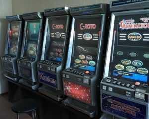 У брянских квартирантов полиция изъяла 15 игровых автоматов