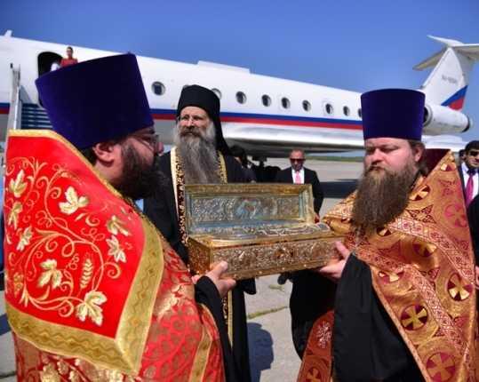 В Брянск привезли мощи Георгия Победоносца