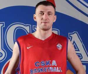 Брянский баскетболист Фридзон стал двукратным чемпионом России