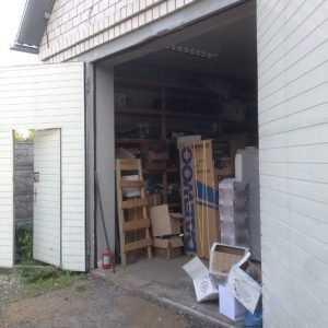 Полиция нашла  в доме брянца 10 тысяч бутылок поддельного алкоголя
