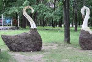 В брянском парке открыли увлекательную «Сказочную полянку»
