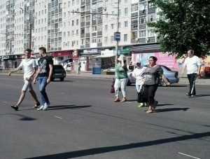 Брянские пешеходы после закрытия «зебр» наполовину сдались