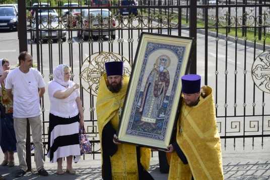 В Брянск привезли мощи князя Владимира – крестителя Руси