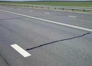 Трещины на отремонтированном брянском шоссе не смутили «Автодор»