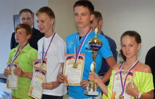 Брянские гимназисты выиграли всероссийский турнир по шашкам