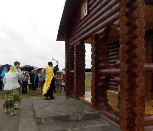 В брянском райцентре Локоть построили первую из трех часовен