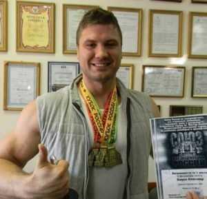 Брянские силачи завоевали три медали на всероссийском турнире