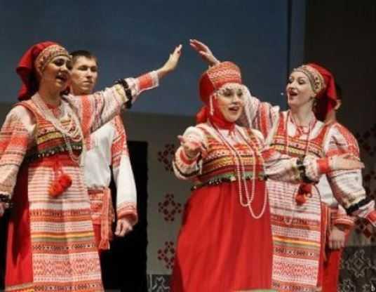 Брянская «Околица» споёт на славянском фестивале «Русское поле»