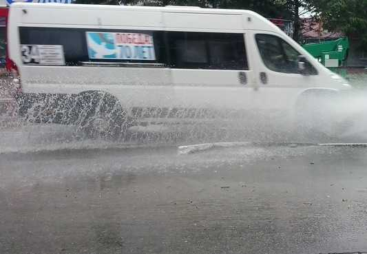 Дожди и грозы в Брянске сменятся ясной погодой