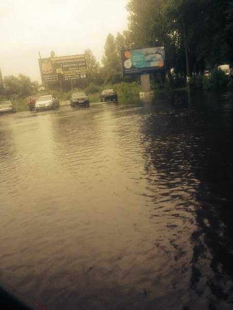 Пригородный брянский поселок Большое Полпино начал уходить под воду