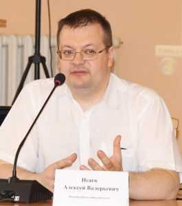 Алексей Исаев ответил в Брянске клеветникам России и фальсификаторам