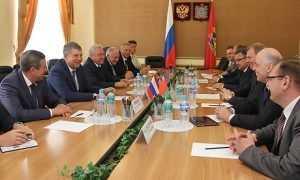 Брянцы и белорусы будут вместе выдавливать импортные товары