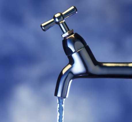В Брянске понизят напор воды