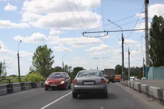 Строителям путепровода возле брянского вокзала пригрозили разрывом договора